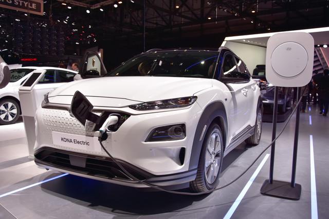 Hyundai Kona Electric : a été élue Voiture électrique de l'année au Mondial auto Paris 2018Hyundai Kona Electric : a été élue Voiture électrique de l'année au Mondial auto Paris 2018